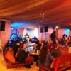 מסעדת הגמלייה על כביש הערבה – מתרווחים על הכריות ופותחים שולחן