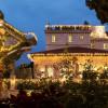 מסעדה ובריכה במלון אמריקן קולוני – קסמו של הלבאנט.