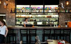 """מסעדת טאיה בקדימה שבשרון – אוכל מדליק לכל המשפחה ועכשיו: הופעה של """"בית הבובות"""" והרצאה נועזת ב""""קופינס"""""""