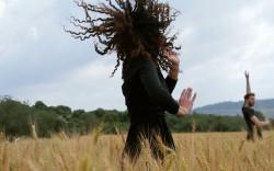 """חגיגת שבועות בכפר האמנות האקולוגי ורטיגו: """"מתן תורה דרך הגוף"""""""