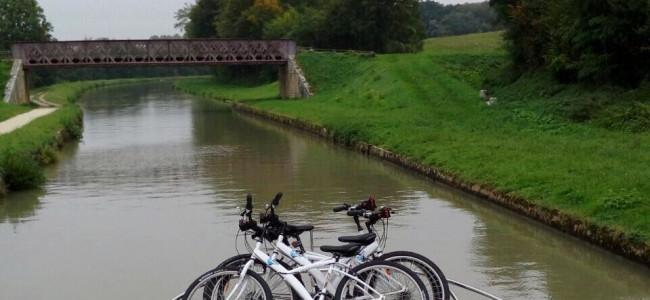 טיול בצרפת: חופשה משפחתית ושיט נהרות עצמאי בנהר הלואר