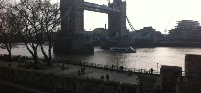 """""""להשכיר דירה משפחתית בלונדון"""" – מסלול טיול וחופשה בעיר"""