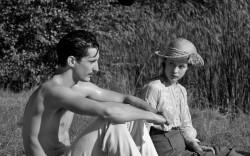 """הסרט """"פרנץ"""" – על החיים, המוות, האהבה ומה שביניהם בצל מלחמת העולם"""