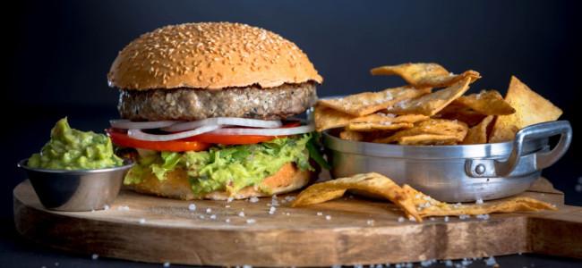בורגר סאלון – ארוחת המבורגר בצד הדרך