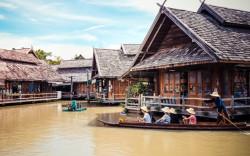 """""""תאילנד. חופשה משפחתית עם כרטיס בכיוון אחד"""". פרק ב': בנגקוק."""