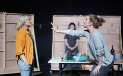 קלסיקה ספרדית בתיאטרון תמונע: הלוואי שהייתָ אשה