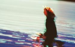 ספר חדש: הנוסעת האחרונה מאת טל ניצן – קצת חוטפת, קצת מחטיפה