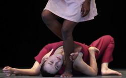 """""""יאג"""" – סרטו של אוהד נהרין העוסק במופע חדש, בבכורה בינלאומית"""