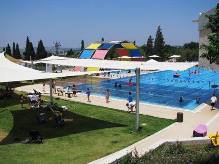 harod pool2011 011