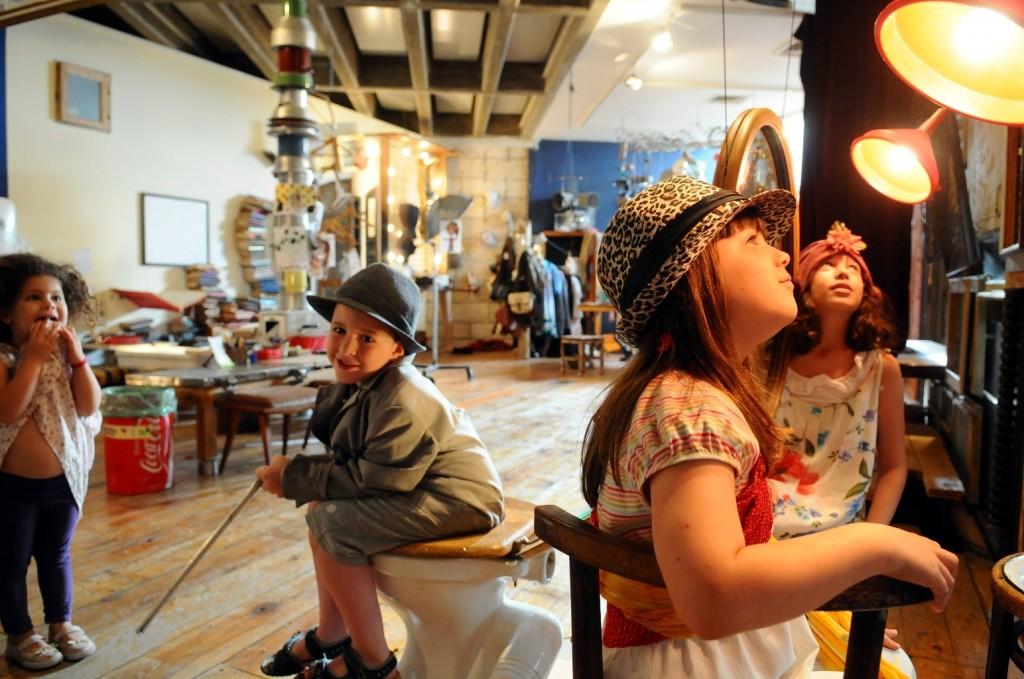 מוזיאון ינקו דאדא בעין הוד, צלם - רענן טלl