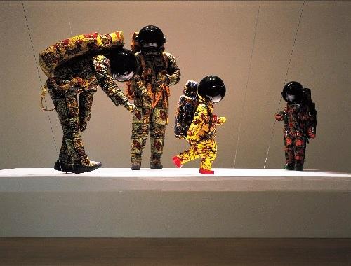 """""""חופשה 2000"""" - מאת ינקה שוניברי"""