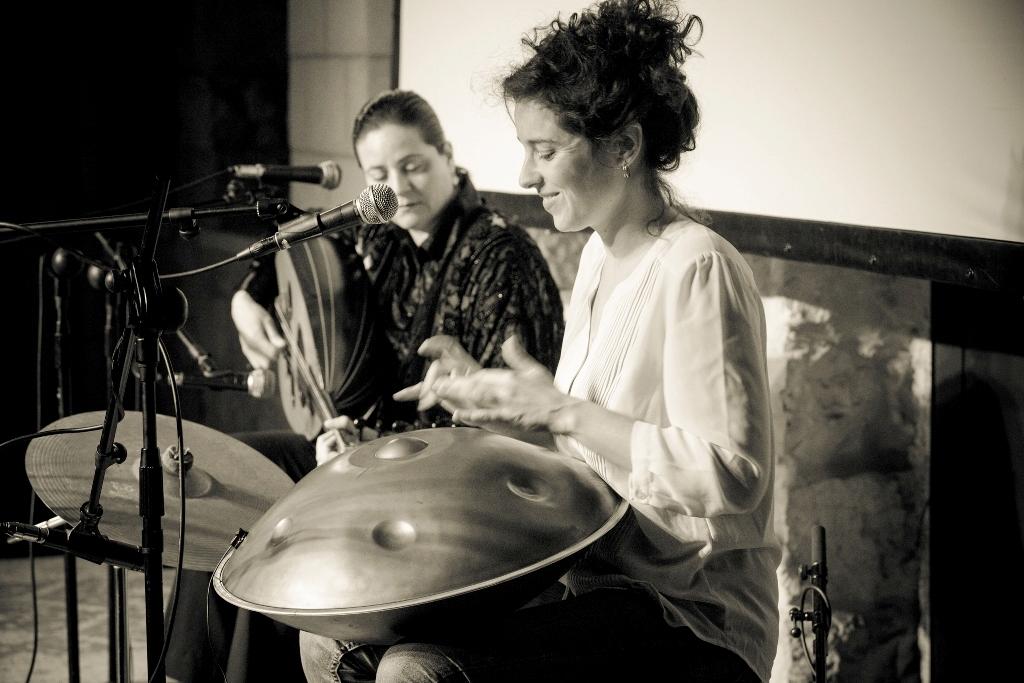 לירון מיוחס והלן סבילא בפסטיבל העוד.