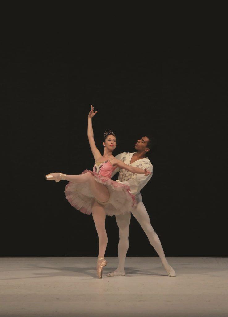 בלט נס ציונה - היפהפייה הנרדמת. רקדנים - מריה סלקטור ומוריאל דבי. צלם - אורן מנצורה