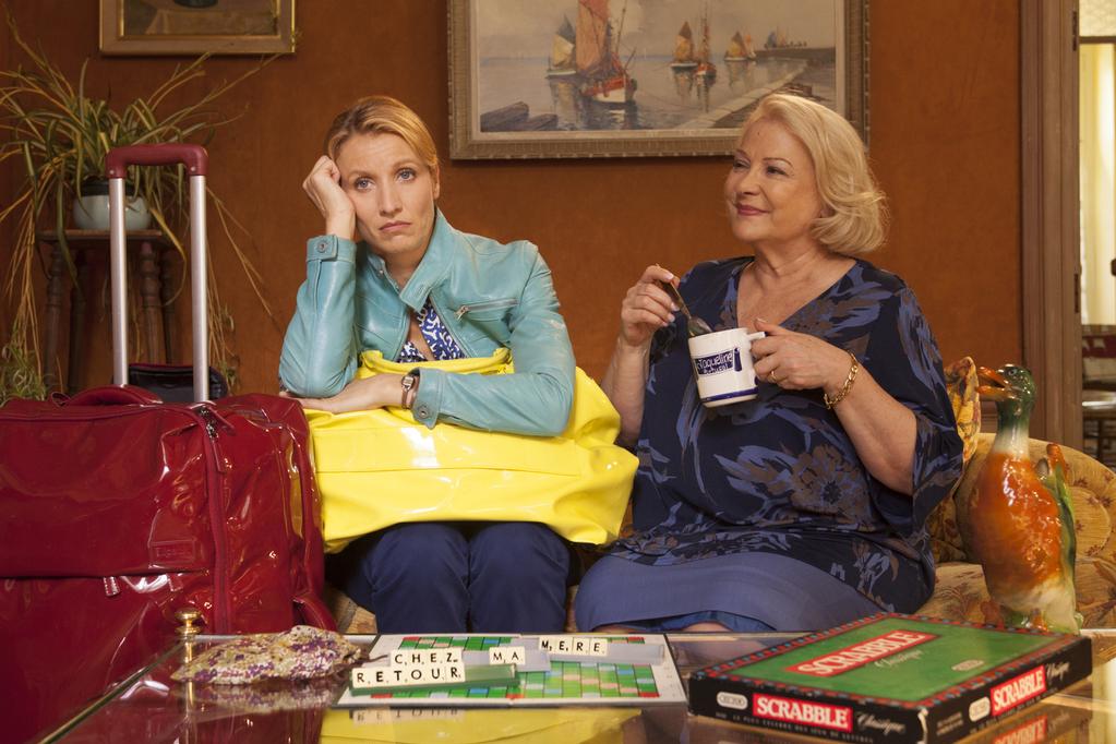 """""""לחזור לגור עם אמא"""" באדיבות קולנוע חדש"""