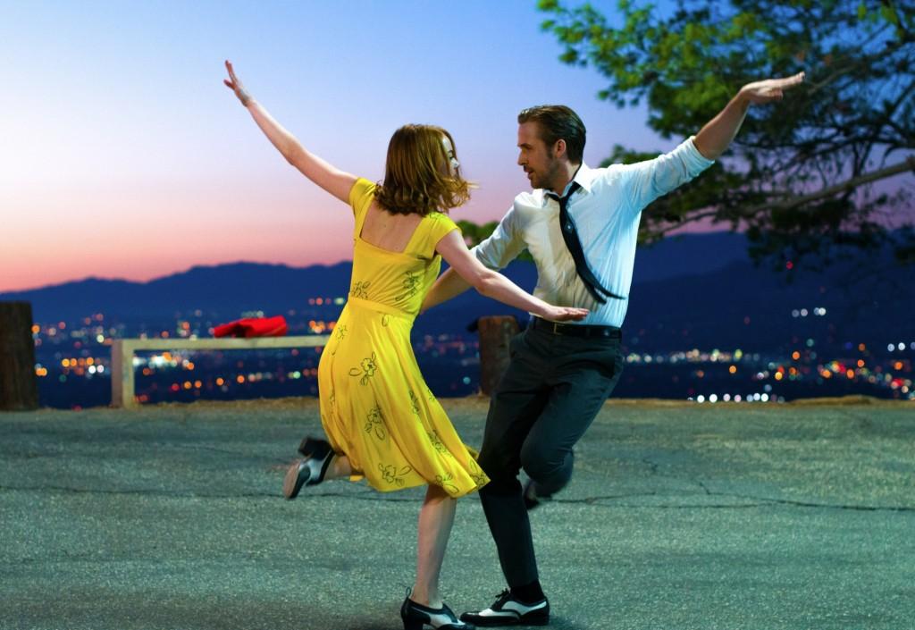 אמה סטון וריאן ג'וסלינג רוקדים את החיים האמיתיים בהוליווד